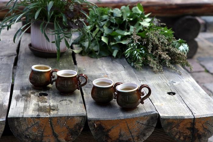 Tējas krūzes.