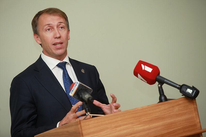 Reformu partijas biedrs Jānis Vilnītis piedalās Reformu partijas domes sēdē, kurā spriež par gatavošanos nākamgad gaidāmajām Eiropas Parlamenta un Saeimas vēlēšanām.