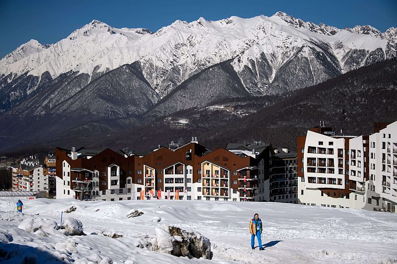 General view taken on February 4, 2014 showing the Mountain Olympic Village at the Rosa Khutor Alpine centre prior to the start of the 2014 Sochi Winter Olympic Games.   AFP PHOTO / FABRICE COFFRINI