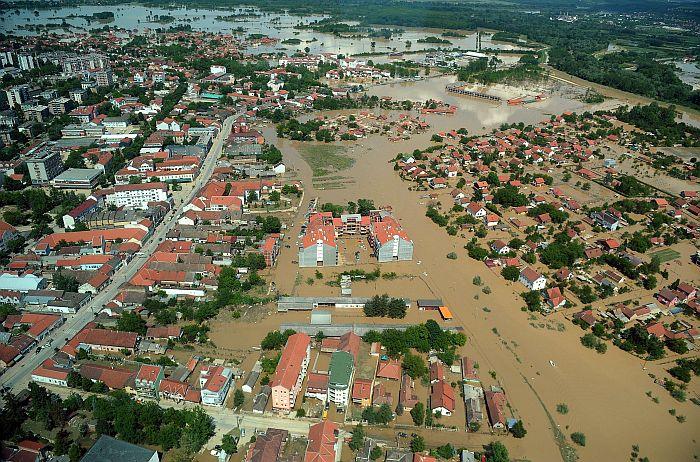 Plūdi apdzīvotā vietā 40 kilometru attālumā no Belgradas