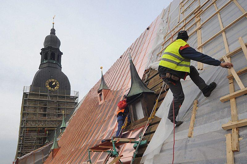 Būvniecība ES dalībvalstīs ir viena no tām nozarēm, kur notiek visvairāk negadījumu.