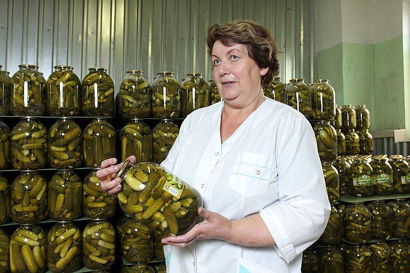 """Viena no """"Kurland Agro"""" dibinātājām, SIA """"Ābolīt's"""" vadītāja Millija Anziķe ir pārliecināta, ka kooperatīvs veicinās vietējās pārtikas noietu."""