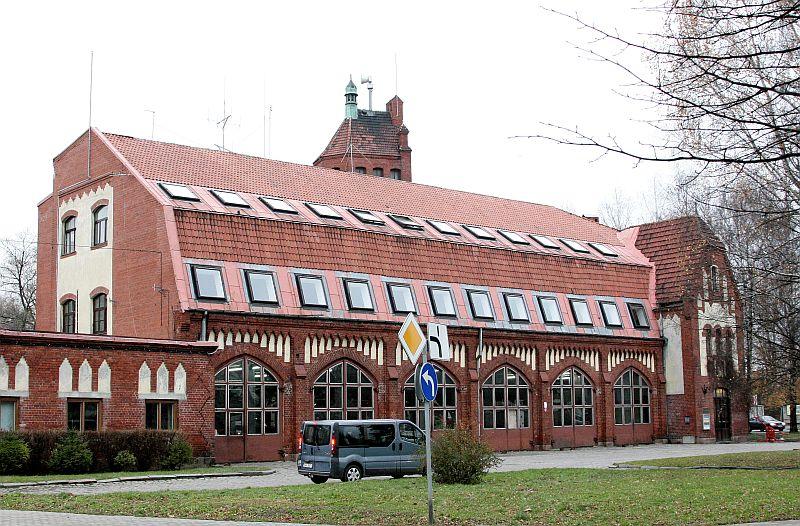 Trauksmes sirēna uz Latvijas ugunsdzēsības muzeja jumta.