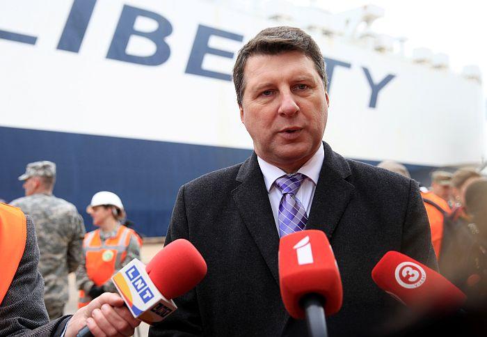Aizsardzības ministrs Raimonds Vējonis.