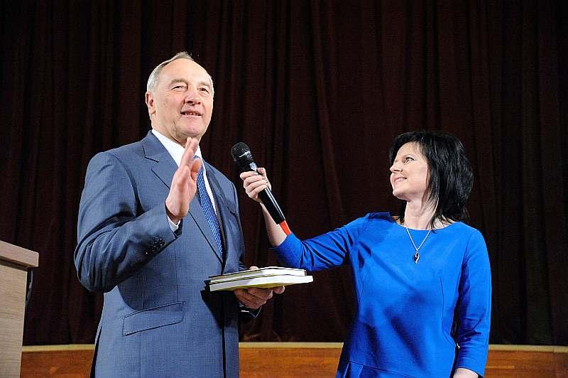 10 aprīlī Valsts prezidents Andris Bērziņš viesojās Bauskas novadā – Grāmatu svētku ietvaros tikās ar vietējiem iedzīvotājiem.