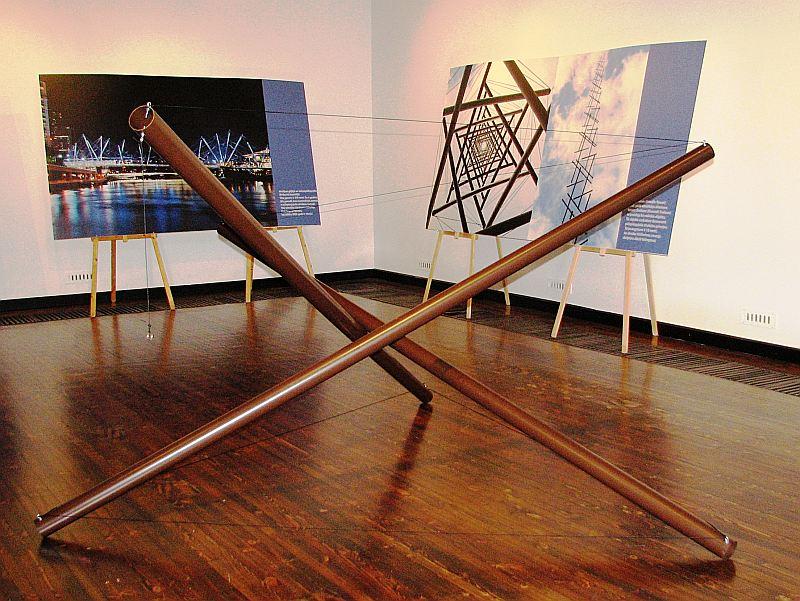 """Kārļa Johansona struktūras atdarinājums. Izgatavojis Juris Sils izstādei """"Cēsnieks Kārlis Johansons – viens no pirmajiem 20. gs. avangardistiem""""."""