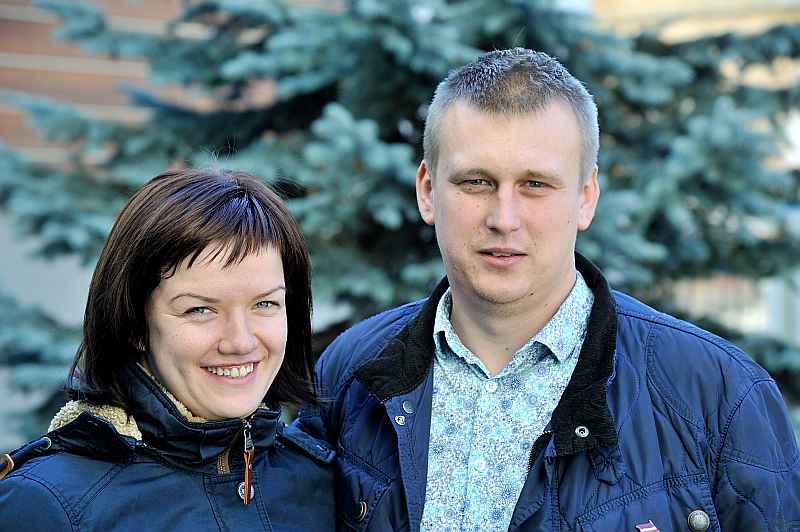 """Zane un Kārlis Višņevski: """"Gribas sev un apkārtējiem drošu Latviju. Un lai mēs visi būtu nevis bagāti, bet pārtikuši."""""""