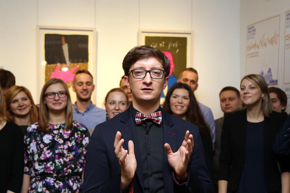 Diriģents Jānis Ozols, konkursa idejas autors un mākslinieciskais vadītājs.