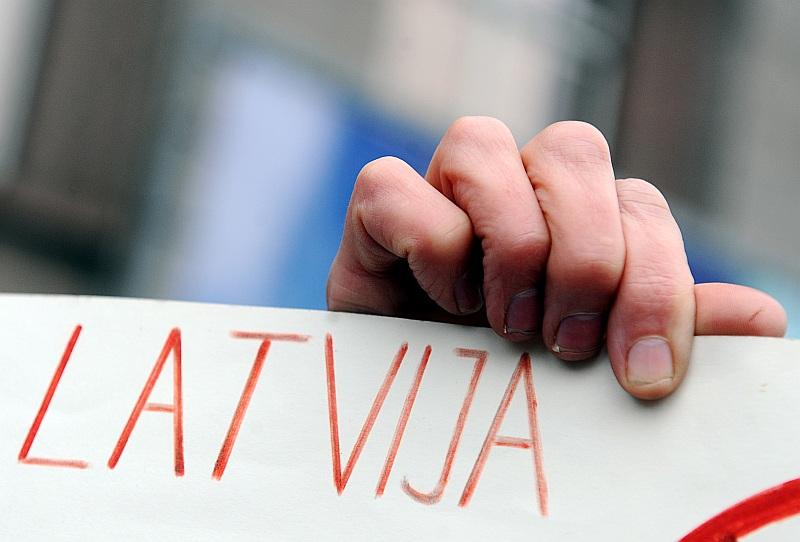 """""""Mēs visi esam latvieši, daļa no Latvijas tautas, vienalga, kurā pasaules malā pašreizējā brīdī mēs atrodamies,"""" saka diasporas latvieši."""