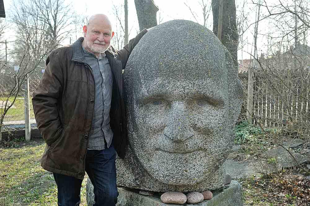 """Pēteris Vasks: """"Akmenī mani veidojis tēlnieks Indulis Ranka."""""""