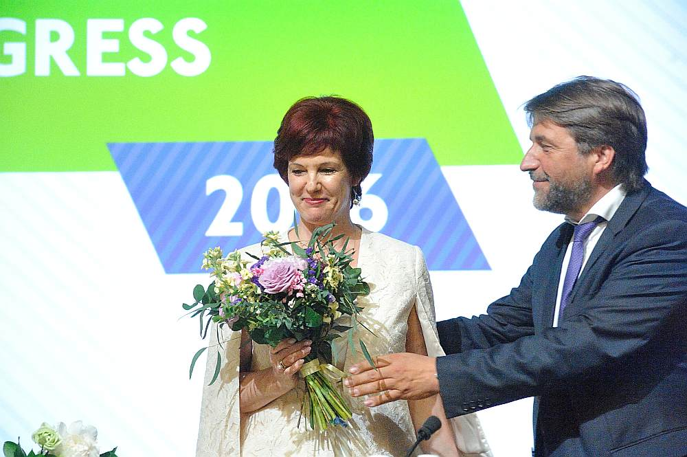 """Vēlēšanu laikā partijas vadītāja bija Solvita Āboltiņa. Pēc vēlēšanām tika sasaukts """"Vienotības"""" ārkārtas kongress un mainījās partijas vadība."""