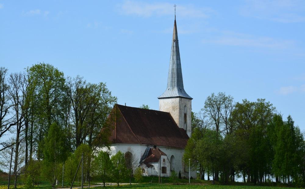 Ugāles baznīca