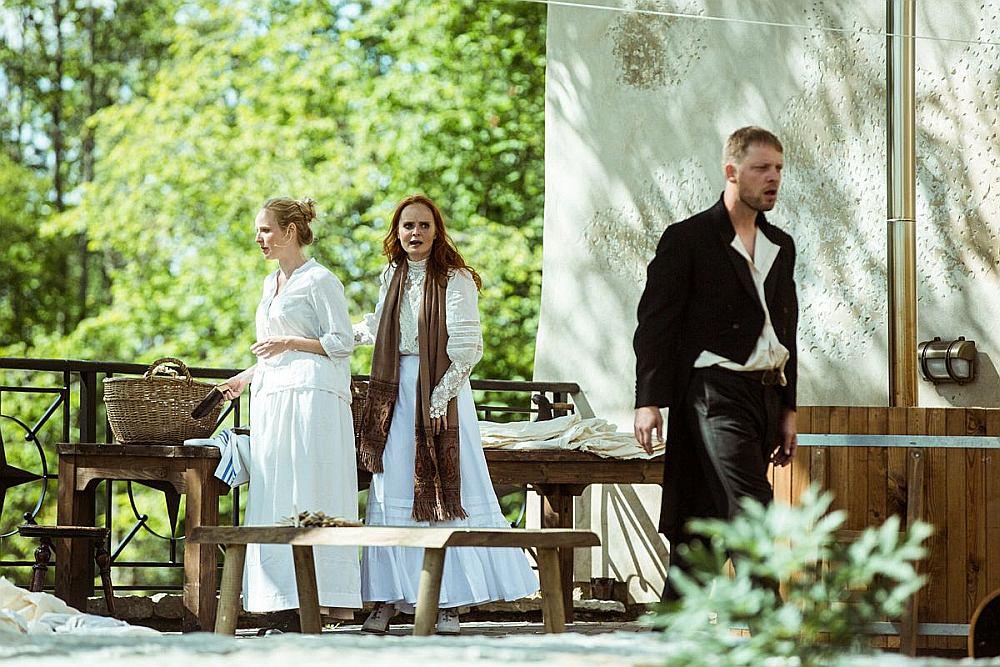 """Igaunijas teātra izrāde """"Jūlijas jaunkundze"""""""