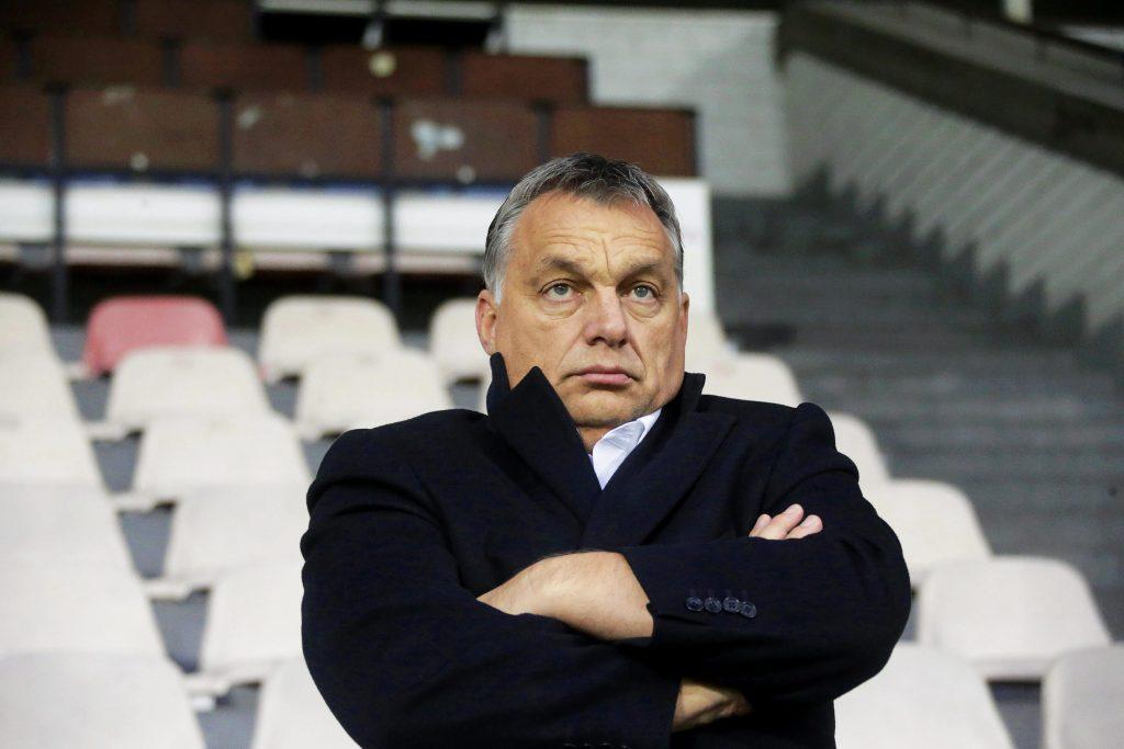 Viktors Orbāns Skonto stadionā Rīgā noskatās Ungārijas izlases treniņu.