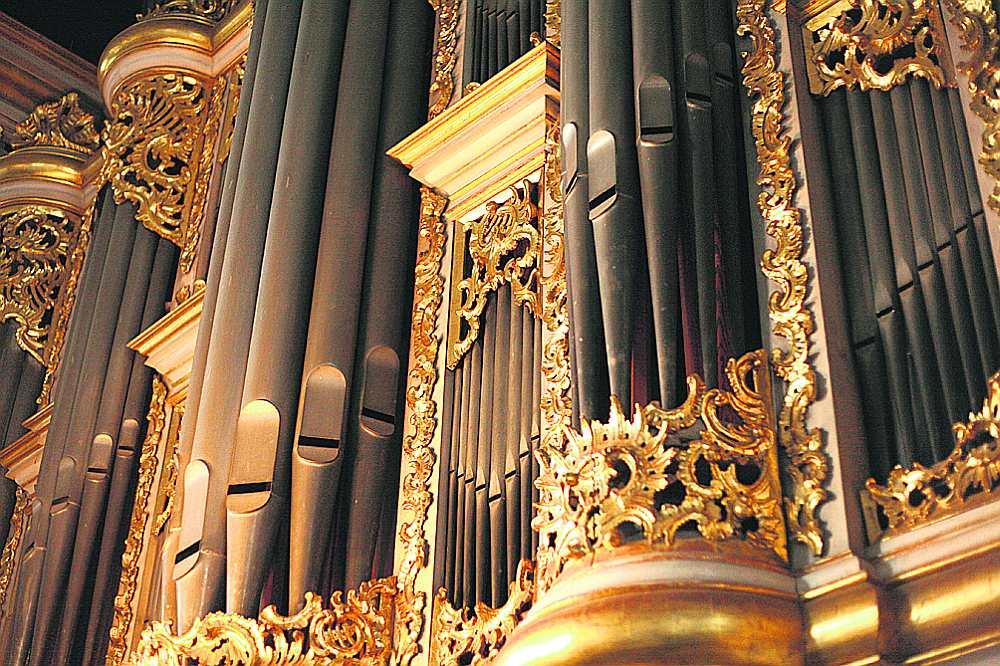Ērģeļmūzikas standartrepertuāram koncertā pievienojās Latvijā mazāk zināmi opusi un neiztrūka arī latviešu komponistu daiļrade.
