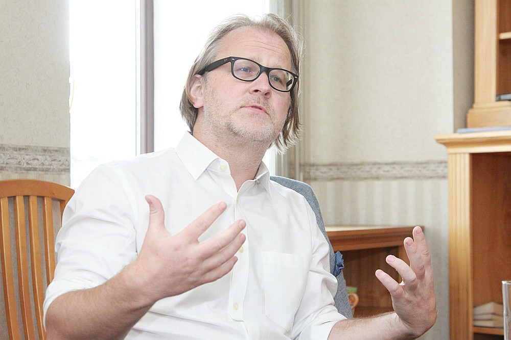 Uģis Gruntmanis pagaidām ir vienīgais zināmais kandidāts uz RSU rektora amatu.
