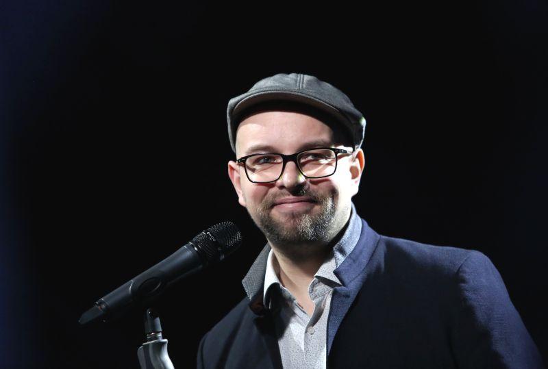 Dziedātājs Lauris Valters