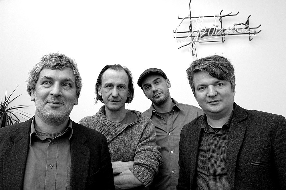 """""""Orbīta"""" pirms jaunās uzstāšanās programmas mēģinājuma: Aleksandrs Zapoļs (no kreisās), Vladimirs Svetlovs, Sergejs Timofejevs, Artūrs Punte. Žoržs Uaļļiks šobrīd radošā atvaļinājumā."""