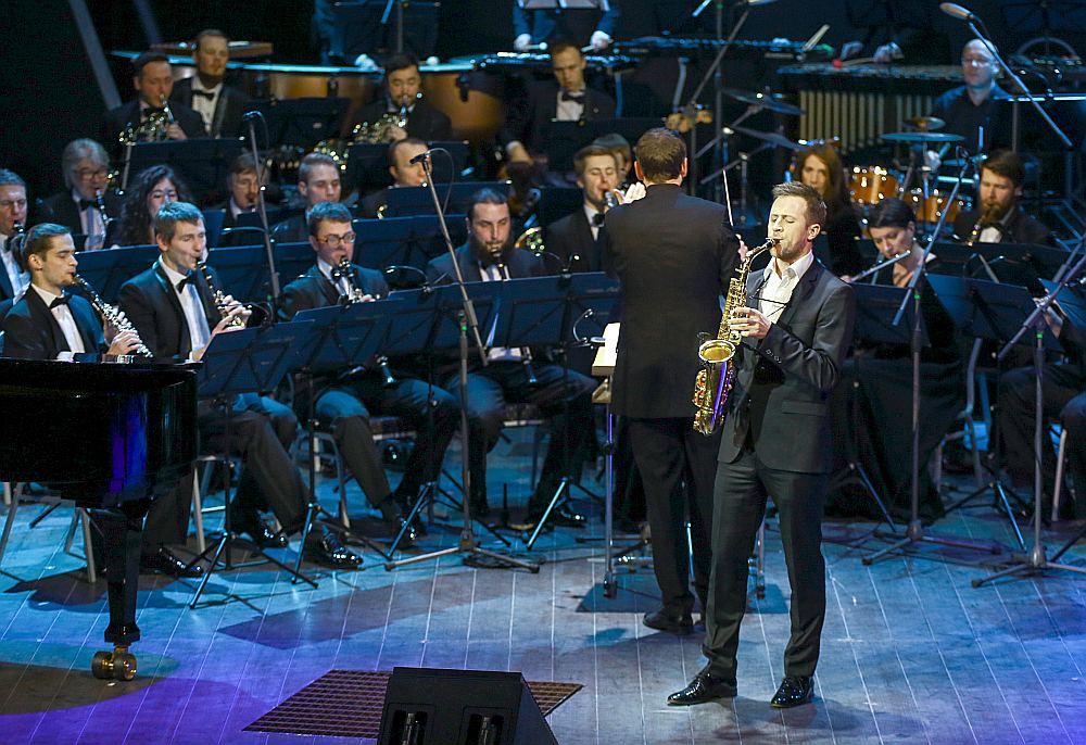 """Luisa Serano Alarkona """"Concertango"""" deva iespēju pienācīgi izpausties Oskara Petrauska saksofona spēles meistarībai, toņa plastiskumam un interpretācijas dabiskumam."""