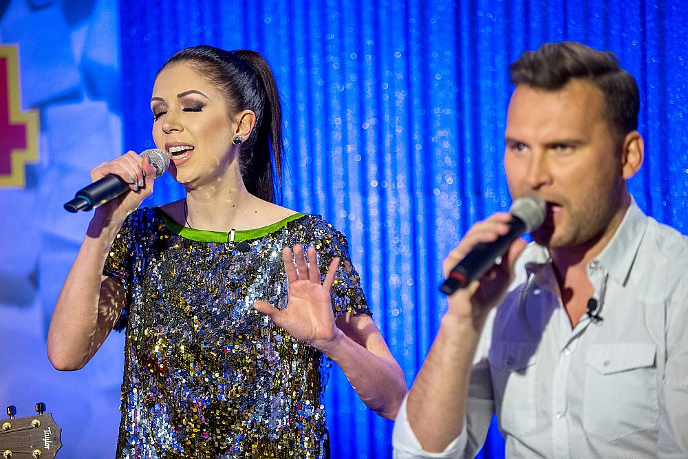 Eirovīzijas dziesmu konkursā Igauniju šogad pārstāvēs dziedātāji Laura Peldvere un Koits Tome.