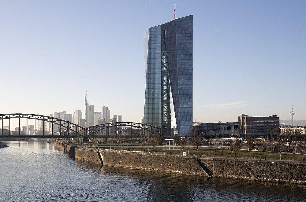 Eiropas Centrālās bankas 185 m augstā ēka.