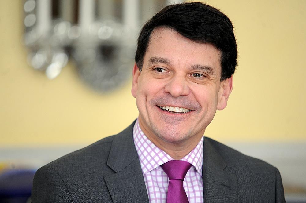 V. E. Henriks Landerholms, Zviedrijas Karalistes ārkārtējais un pilnvarotais vēstnieks Latvijā