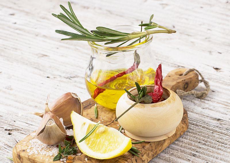 Citrona un rozmarīna marināde