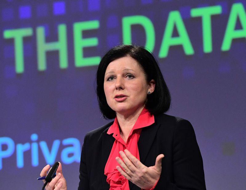 Vera Jourova, ES komisāre tieslietu,patērētāju un dzimumu līdztiesības jautājumos