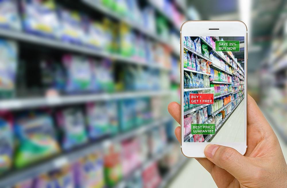 Paplašinātās realitātes lietotne lielveikalos palīdz izvēlēties preces ar atlaidēm vai labāko cenu.