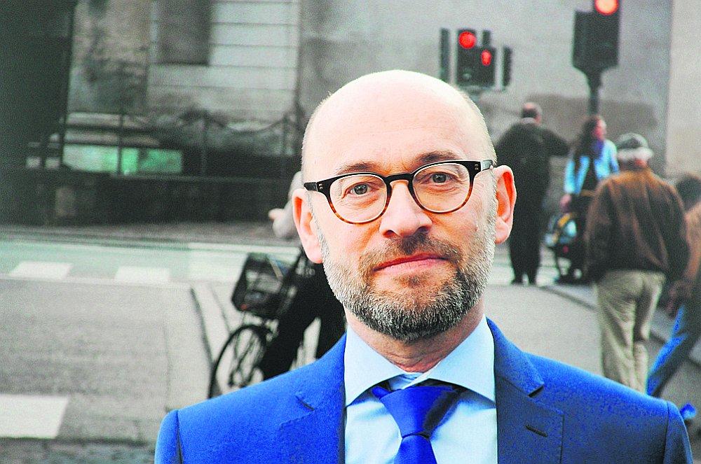 Hanss Brasks, Dānijas vēstnieks Latvijā