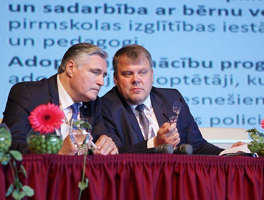 Andris Jaunsleinis (no kreisās) un Gints Kaminskis