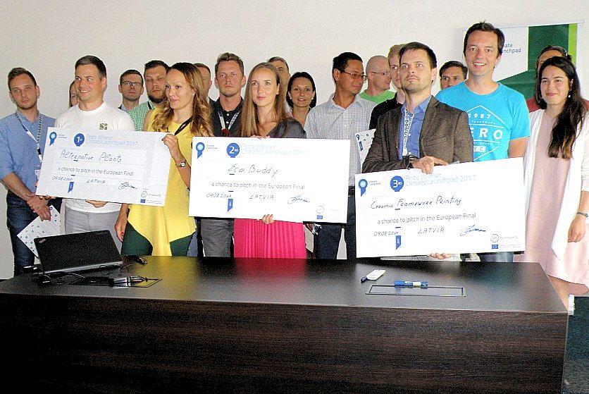 """Tīro tehnoloģiju biznesa ideju konkursa """"ClimateLaunchpad 2017"""" Latvijas fināla uzvarētāji."""