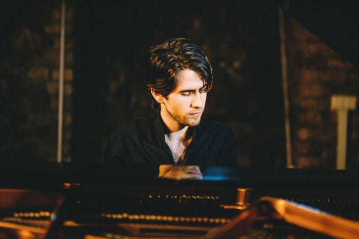 Pianists Georgijs Osokins.