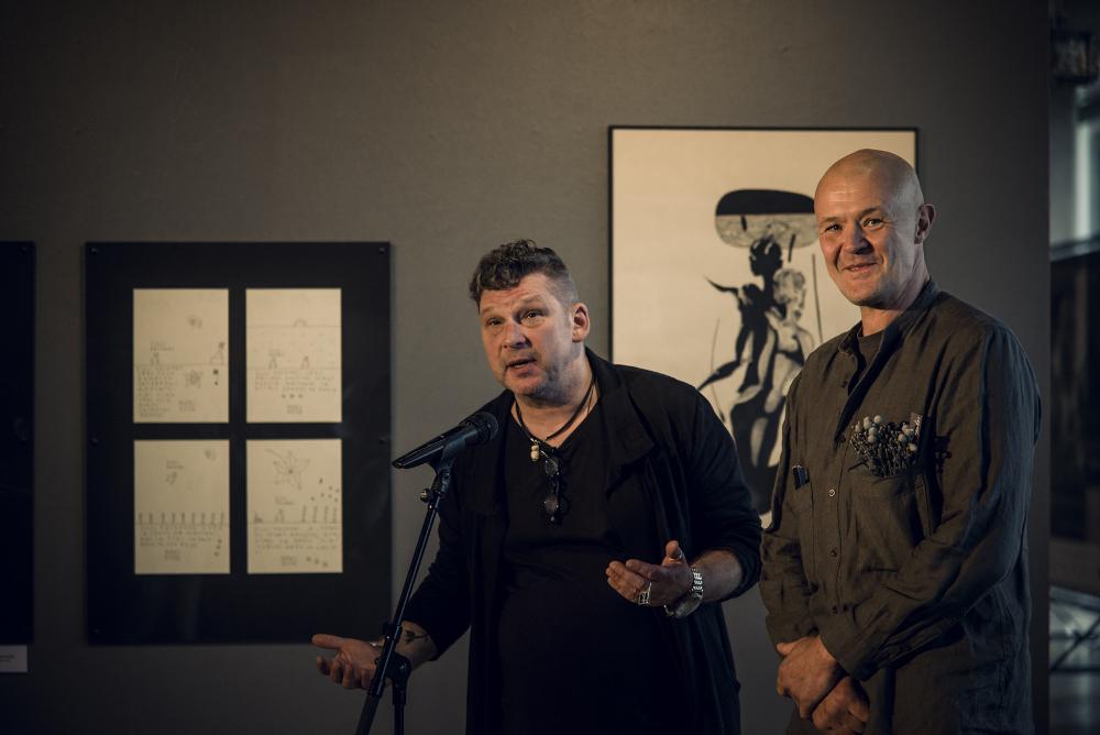 """Grupas """"Pasīvā Dekadence"""" pamatlicēji Aivars Vilipsōns (no kreisās) un Roberts Koļcovs."""