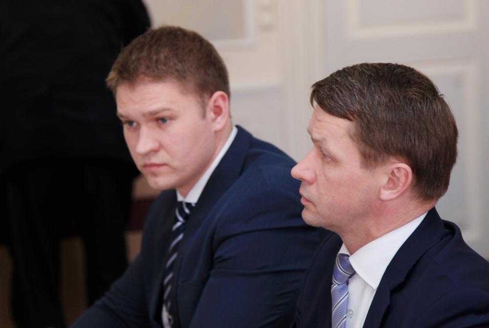 Valvo Semilarskis un Artjoms Suvorovs.