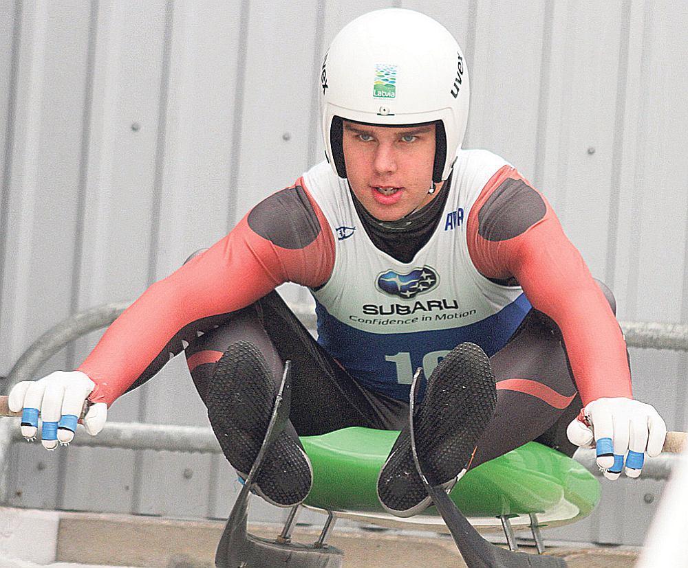 Pasaules junioru čempions kamaniņu sportā Kristers Aparjods centīsies kvalificēties savām pirmajām ziemas olimpiskajām spēlēm.