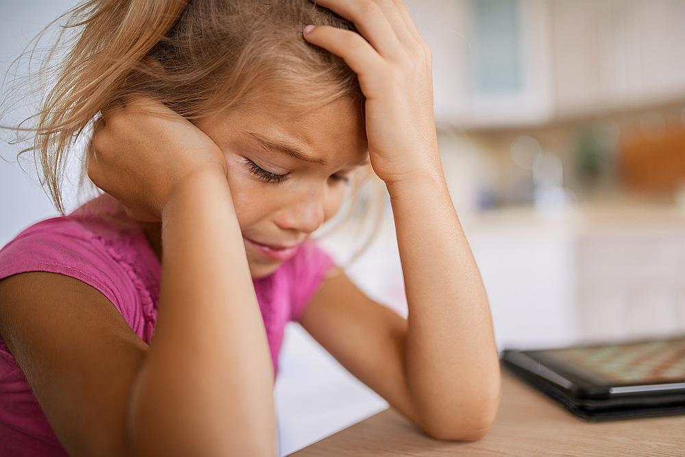 Migrēnas lēkmes var būt arī bērniem un pusaudžiem.