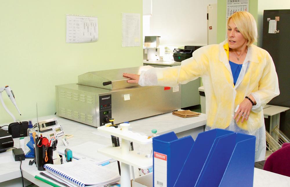 """SIA """"Piensaimnieku laboratorija"""" valdes locekle Inese Āboltiņa: Visas laboratorijas iekārtas ir starptautiski akreditētas."""