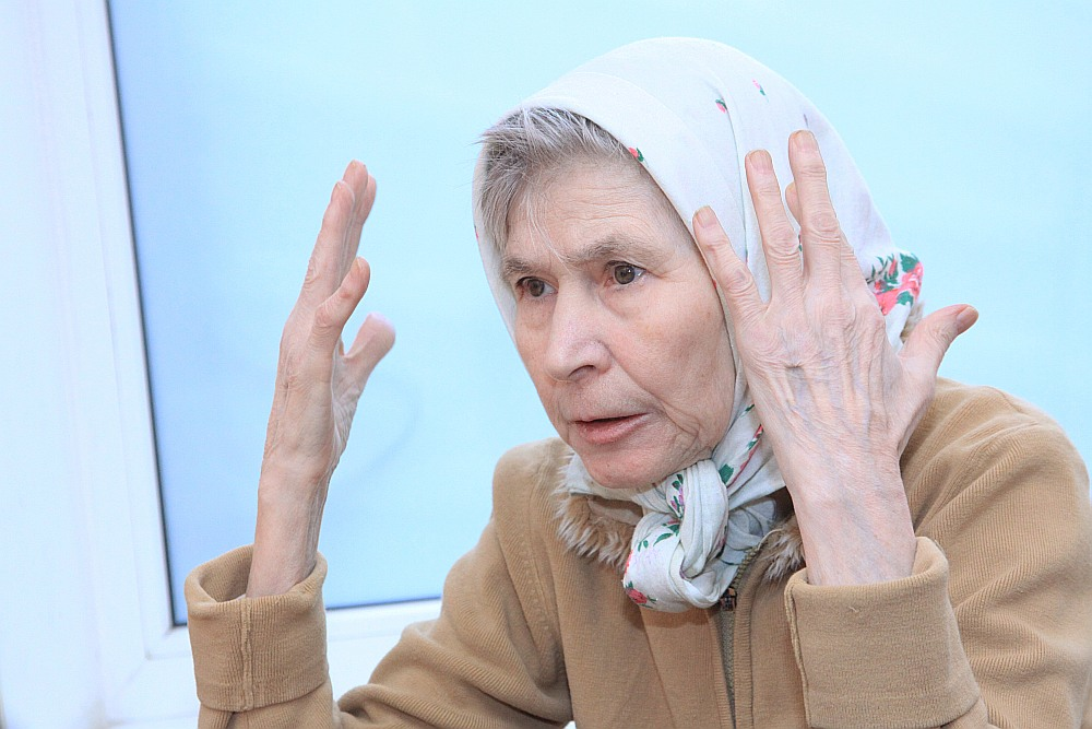 Janvārī apritēs divi gadi, kopš Rīgas Psihiatrijas un narkoloģijas centrs kļuvis par Ļubovas mājām, jo nav neviena, kas palīdzētu viņai nokļūt savās īstajās mājās Krievijā. Arī Krievijas vēstniecība atrakstās, ka nevarot palīdzēt.