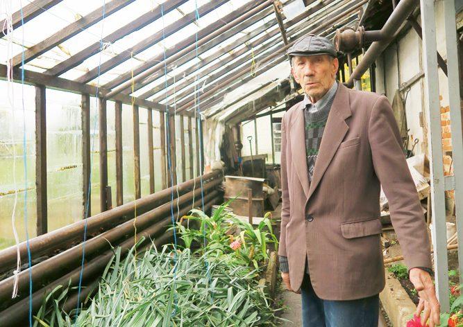 Leonīds Valdovskis: Daļu zemes iznomājam. Nav jēgas audzēt, ja nevar pārdot. Bet plinti krūmos nemetam – ir jākustas!