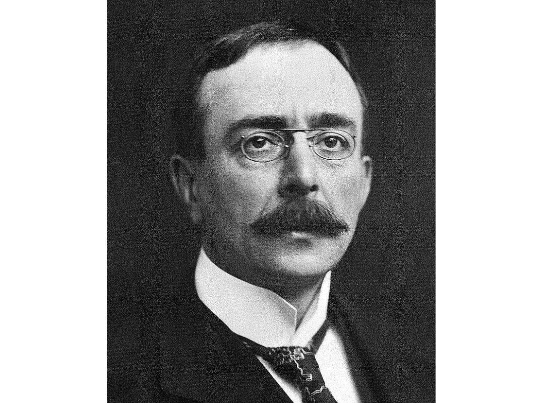 Čārlzs Skots Šeringtons (1857 – 1952).