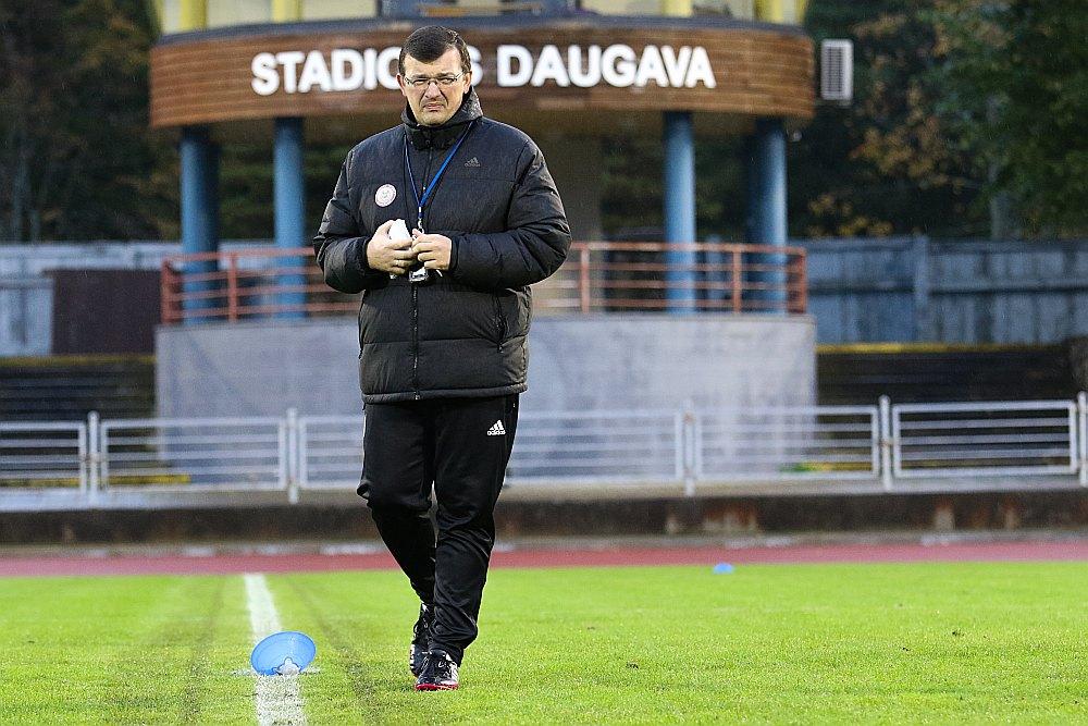 Dainis Kazakevičs spriež, ka pēdējos gados darbs ar jaunajiem futbolistiem kļuvis produktīvāks.