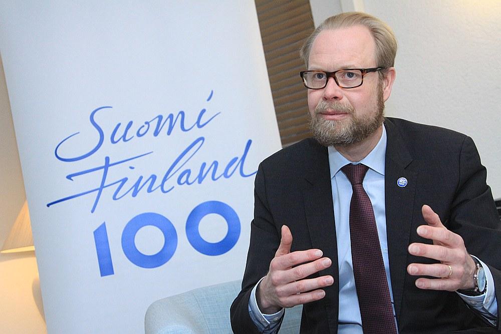 Olli Kantanens, Somijas vēstnieks Latvijā