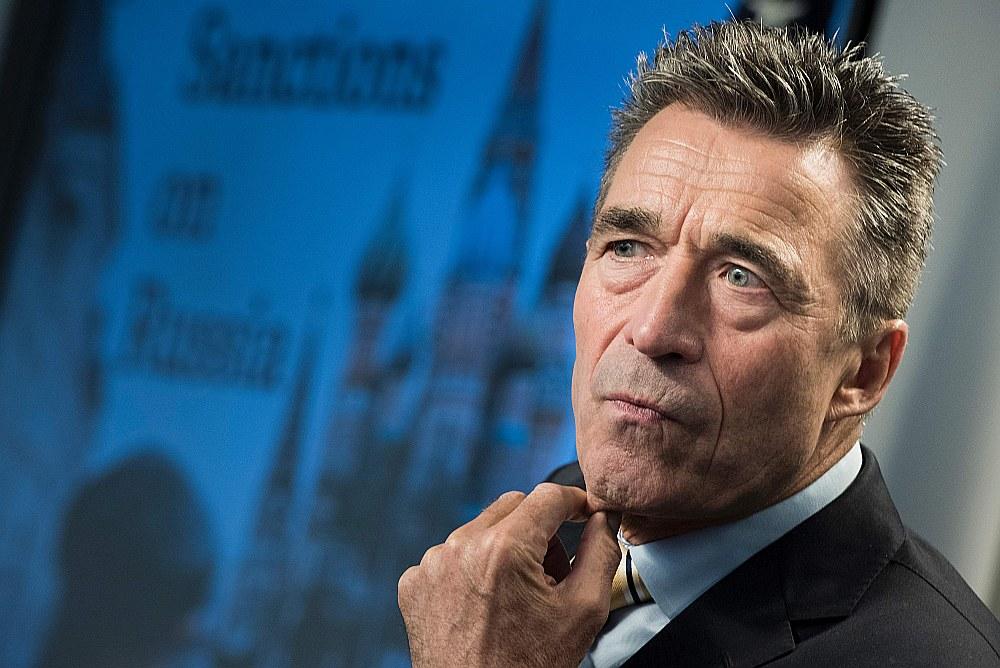 """Bijušais NATO ģenerālsekretārs Anderss Rasmusens uzskata, ka """"Nord Stream 2"""" nav ekonomiska pamatojuma, un tas ir Putina iedomības projekts, par ko maksās vācu patērētāji."""