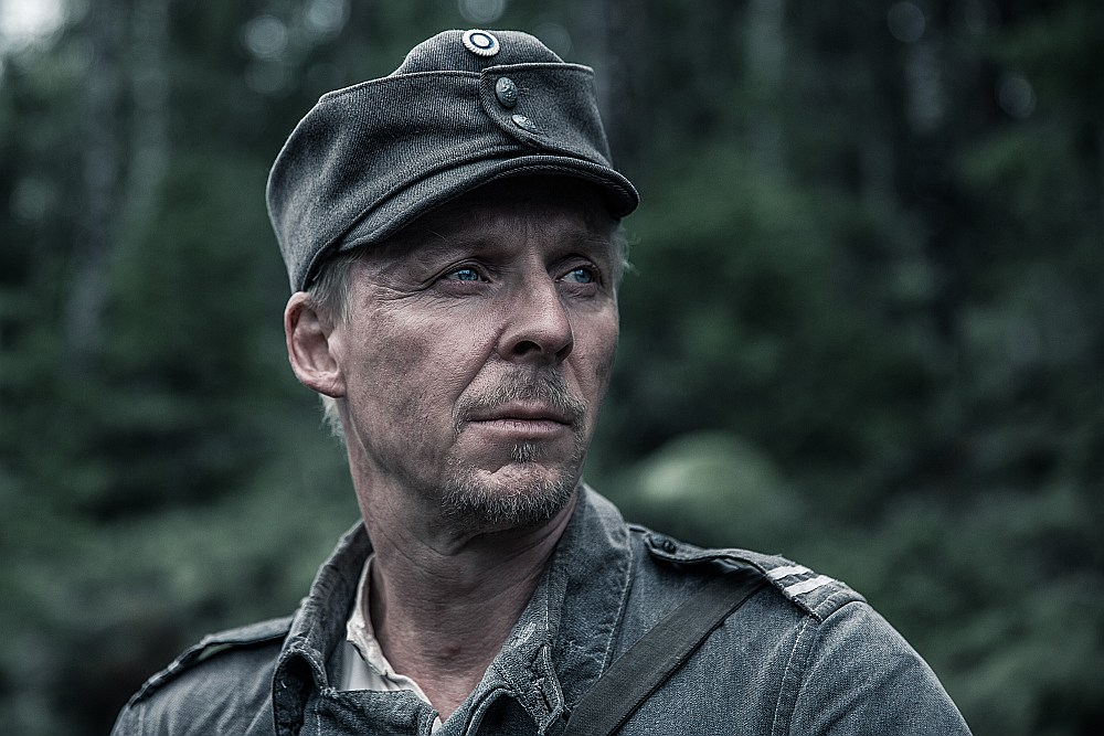 """Aktieris Ēro Aho par Rokas lomu filmā """"Nezināmais Kareivis"""" jau saņēmis savu pirmo balvu kinofestivālā Īrijā."""