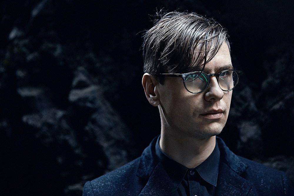 Vikingurs Oulafsons ir izcilākais islandiešu pianists un arī triju mūzikas festivālu mākslinieciskais direktors.