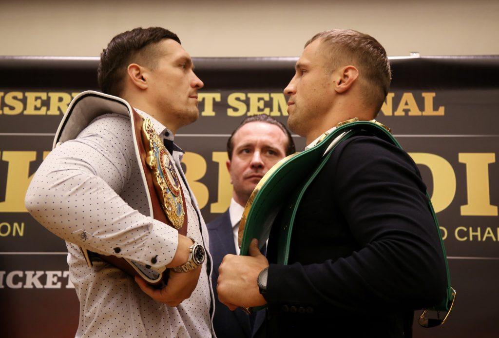 Mairis Briedis (pa labi) un Oleksandrs Usiks.