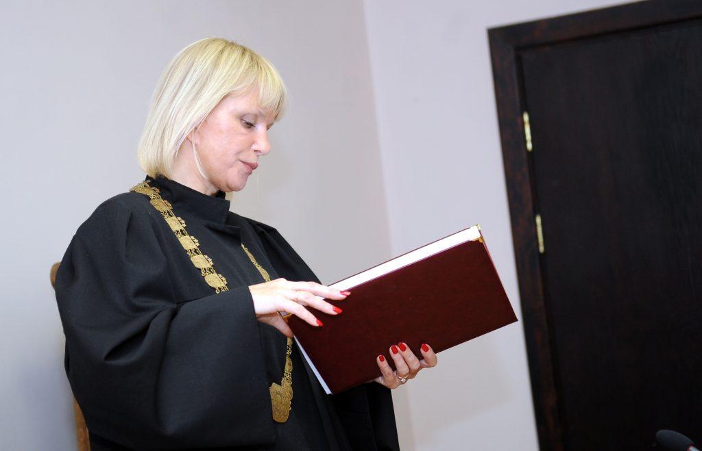 No amata atstādinātā Rīgas pilsētas Kurzemes rajona tiesas priekšsēdētāja Aija Orniņa pērn sāka darbu Tiesu administrācijā vecākā referenta amatā