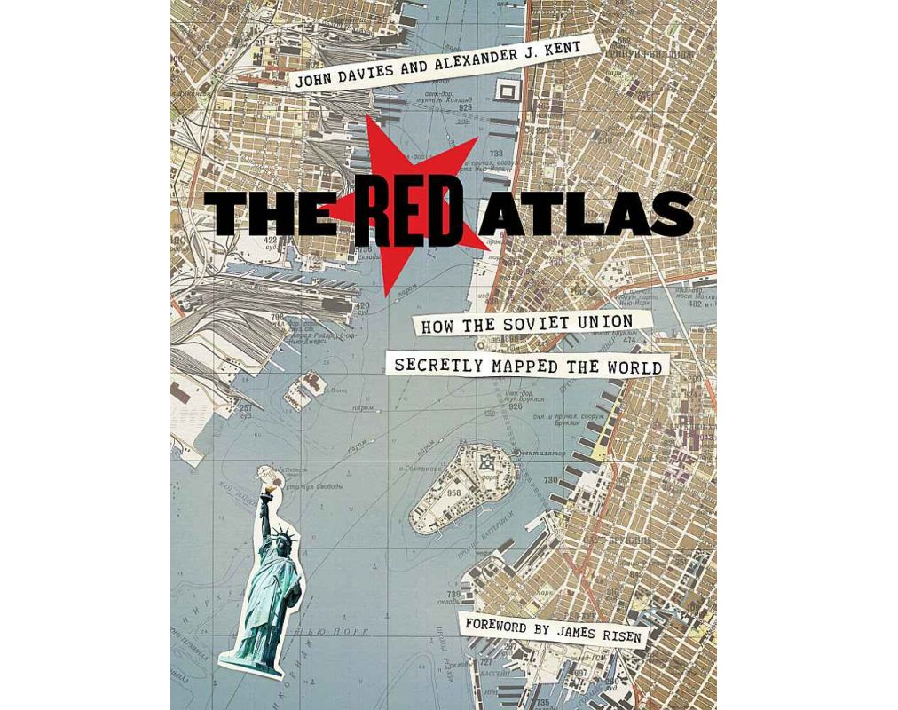 "Grāmatas ""The Red Atlas: How the Soviet Union Secretly Mapped the World"" vāks."
