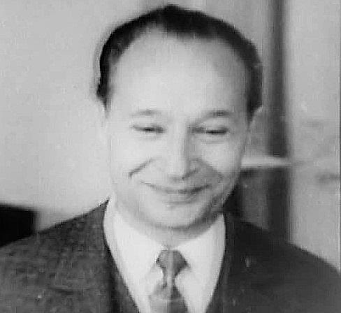 Aleksandrs Dubčeks (1921–1992).